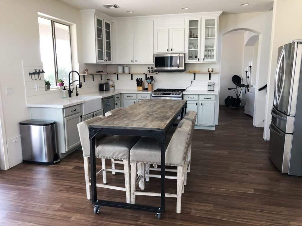 Old-Kitchen-Cabinets